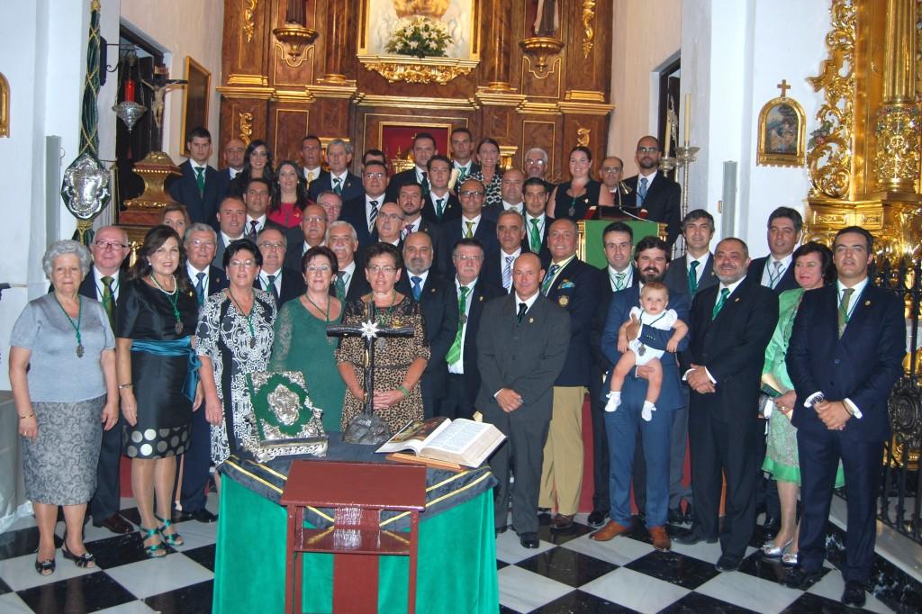 Junta de Gobierno 2014-2018 junto a Consejeros y Camareras